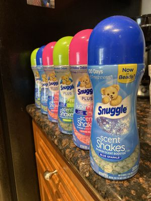 Snuggle Scent Shakes (6) For$18 (7)For$20 for Sale in Stoneham, MA