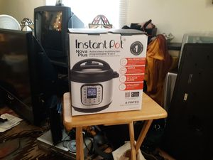 Instant pot nova plus pressure cooker for Sale in Tucson, AZ