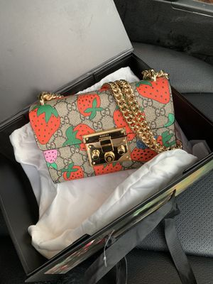 Gucci Strawberry Padlock Shoulder Bag for Sale in Atlanta, GA