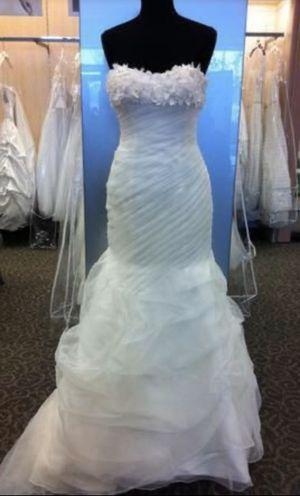 David's Bridal Galina signature wedding dress for Sale in Kent, WA