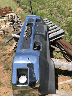 15-19 Chevy 2500 hd front bumper for Sale in Wichita Falls, TX
