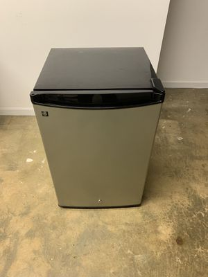 GE® Compact Refrigerator 4.3 CU.FT. for Sale in Fairfax, VA