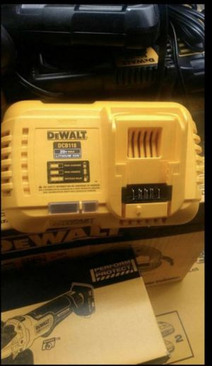 DEWALT 20V FAST CHARGER for Sale in San Bernardino, CA