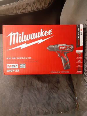 """Milwuakee M12 3/8"""" Drill/Driver Kit for Sale in Buckley, WA"""