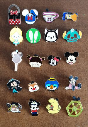 20 Disney trading pins lot set.Tradeable at all disney parks for Sale in Los Angeles, CA