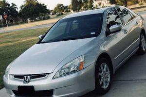 My Selling 2004 Honda Accord 3.0L V6 for Sale in Dallas, TX