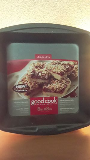Good cook 8x8 square cake baking pan for Sale in Vancouver, WA