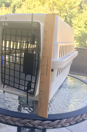 Dog pet crate - very easy to carry. CLEAN for Sale in Richmond, CA