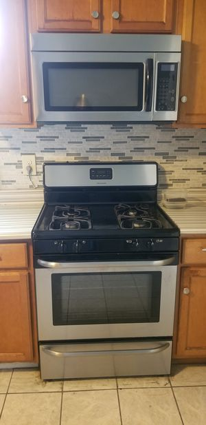 GAS STOVE,MICROWAVE, DISHWASHER for Sale in San Antonio, TX