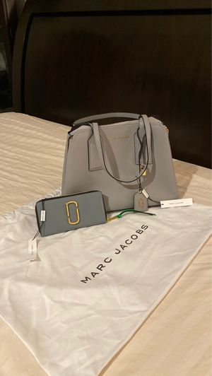 Brand New Marc Jacobs Women's Editor Tote With Wallet ($700 Retail) for Sale in Houston, TX