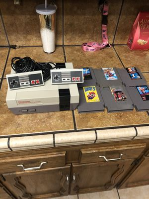 Orginal NES 1985 With 6 games! Works! for Sale in Visalia, CA