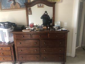 Queen Bedroom Set for Sale in Clarksburg, MD
