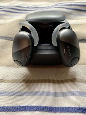 Sony WFSP700N/L Wireless In Ear Headphones (Retail $149) for Sale in Pembroke Pines, FL