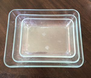 Pyrex dish set of 3 for Sale in Tacoma, WA