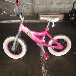 Disney Princess kids bicycle for Sale in Hawthorne,  CA