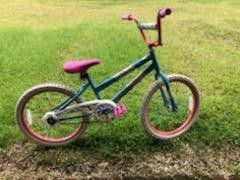 Girls bike for Sale in Hilo, HI