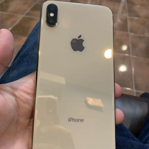 iPhone Xsmax for Sale in Addison, TX