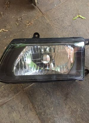 2001 Isuzu Rodeo Sport Drivers Side Headlight for Sale in Portland, OR