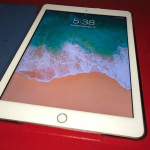 6th Gen iPad with protective case and AppleCare in excellent condition for Sale in Miami, FL