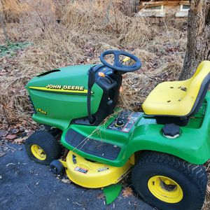 Two John Deere Riding Mowers $150/each 250 For Both for Sale in Upper Marlboro, MD