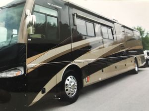 41 foot LED Revolution motorhome by Fleetwood like new inside and out new batteries new tires everything completely serviced and ready to go there 64 for Sale in Lake Wales, FL