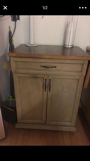 Microwave cart. for Sale in Falls Church, VA