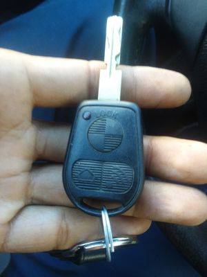 2006 BMW x3 we make car keys for Sale in Kensington, MD