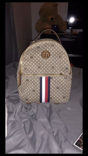 Tommy Hilfiger Book Bag for Sale in Hialeah, FL