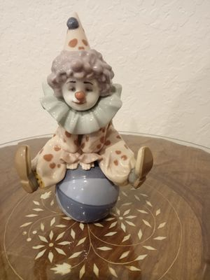 Having a Ball LLADRO Clown Figurine Ceramic for Sale in Boynton Beach, FL