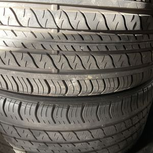 Two Tires 235/40/19 Continental Good Conditions $70 for Sale in Lake Elsinore, CA