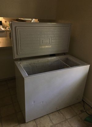 Deep freezer like new works great for Sale in Columbia, TN