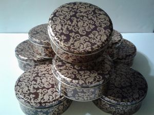ROUND TINS for CRAFTS for Sale in Manteca, CA