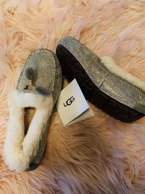 Ugg winter shoes for Sale in Cedar Falls, IA