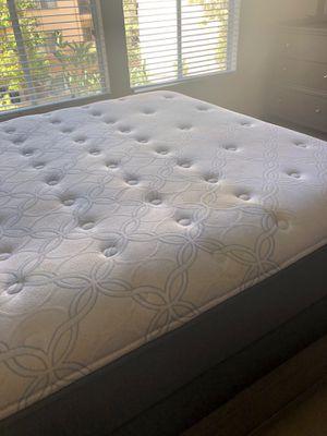 Queen mattress for Sale in San Diego, CA