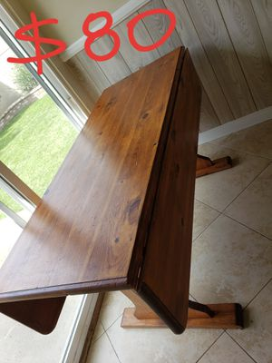 Solid wood dining room table for Sale in Westminster, CA