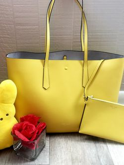 Kate Spade Molly Lemoncake Large Tote for Sale in Silver Spring,  MD
