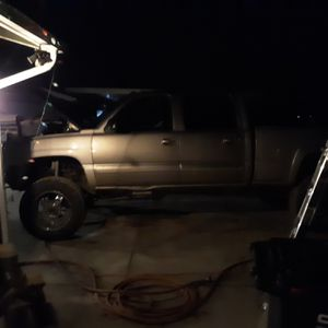 2004 Chevy Duramax for Sale in Phelan, CA