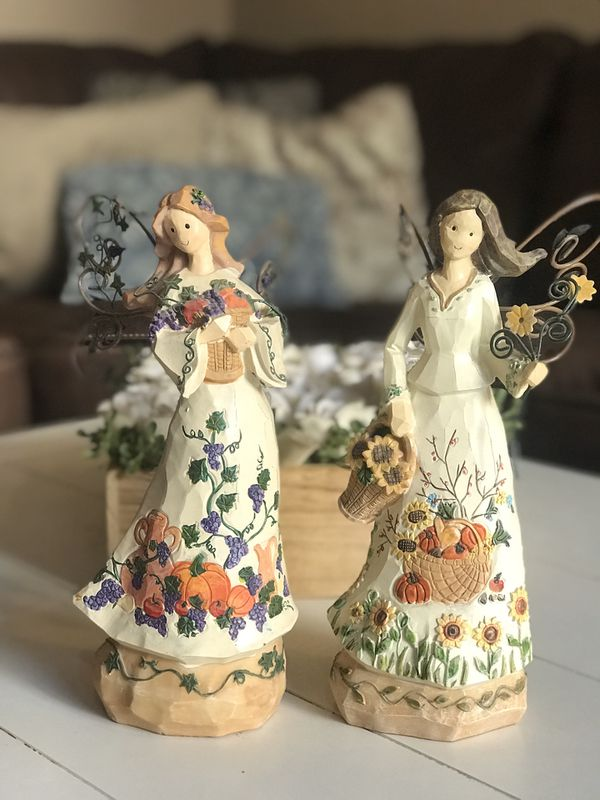 Holiday Harvest Angels with Wire Wings - Set of 2