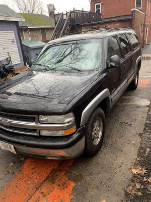 2000 Chevy suburban with full maintenance history for Sale in Springfield, MA
