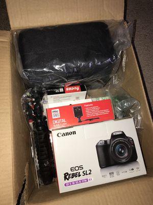 Brand New Canon DSLR Camera SET for Sale in Mechanicsville, VA