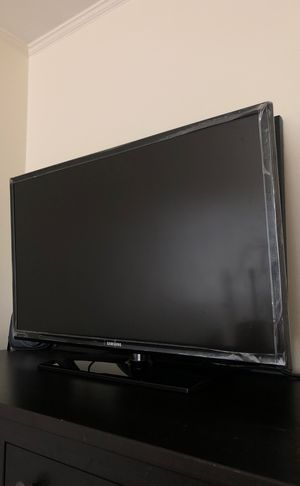 32 inch Samsung flat screen TV for Sale in Colma, CA