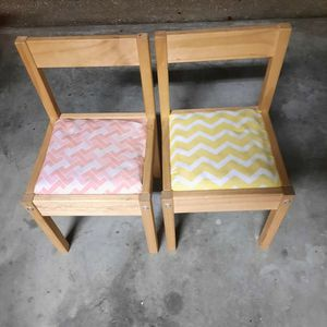2 Small Chairs Kids Baby Toddler for Sale in Windermere, FL