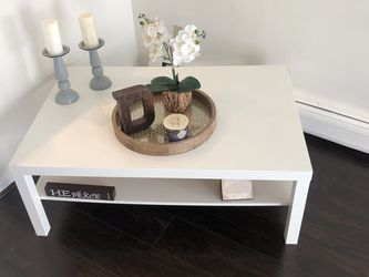 White Coffee Table for Sale in Stamford,  CT
