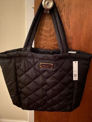 Marc Jabocs puff tote bag. Brand new with tags! Rare find! for Sale in Half Moon Bay, CA