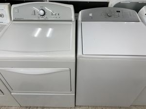 Kenmore washer and dryer gas for Sale in Dearborn, MI