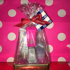 Happy Valentines Day Frosted Coconut Snowball Gift Set for Sale in Rosemead, CA