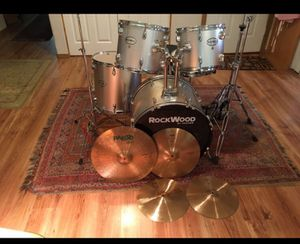Rockwood Drum set, Paiste Cymbals and hardware drums for Sale in Oregon City, OR