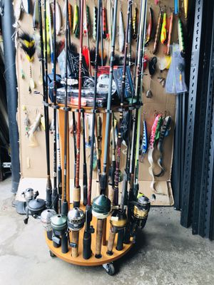 Fishing Rods and Reels $15-25 Ea for Sale in Glendale Heights, IL