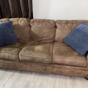 Moving!!! Pull Out Bed For Sale! for Sale in Los Angeles, CA