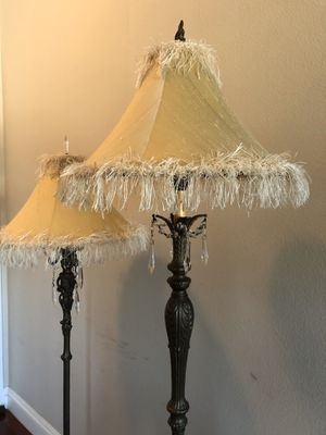 Elegant floor lamps with hanging crystals for Sale in Marina del Rey, CA